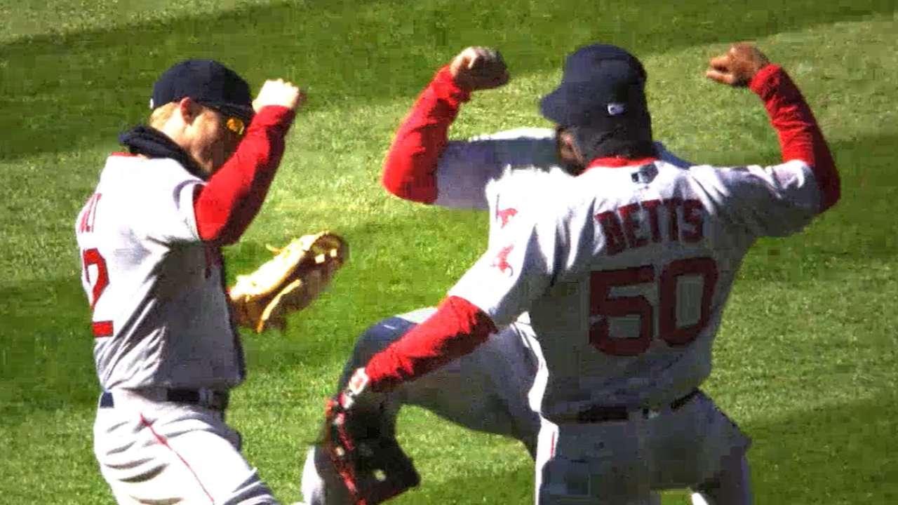 Play Ball: MLB Mashup