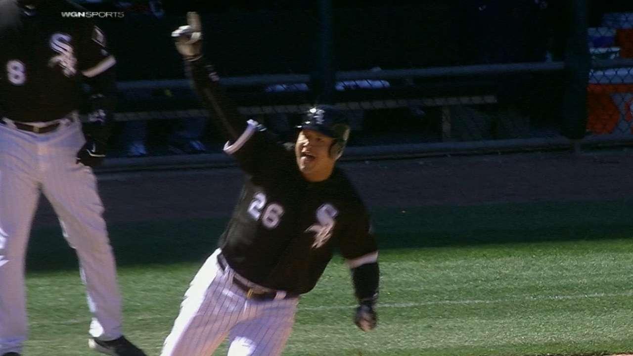 Garcia caps 5-run 7th to lead Sox vs. Tribe