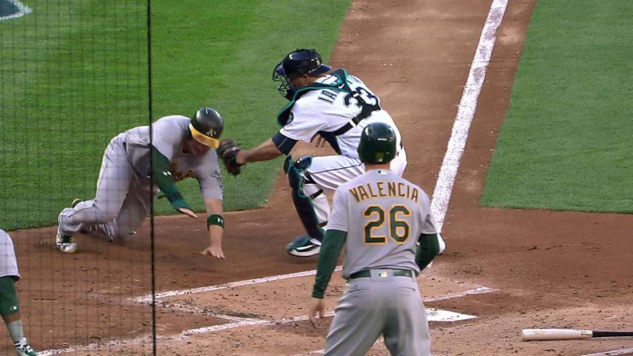 Mariners' relay nails Vogt