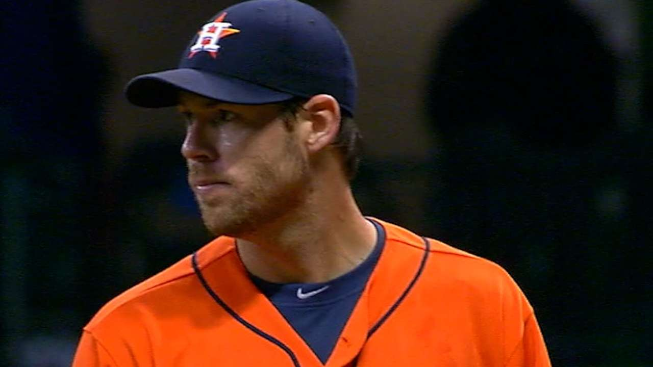 Fister wins in Astros debut