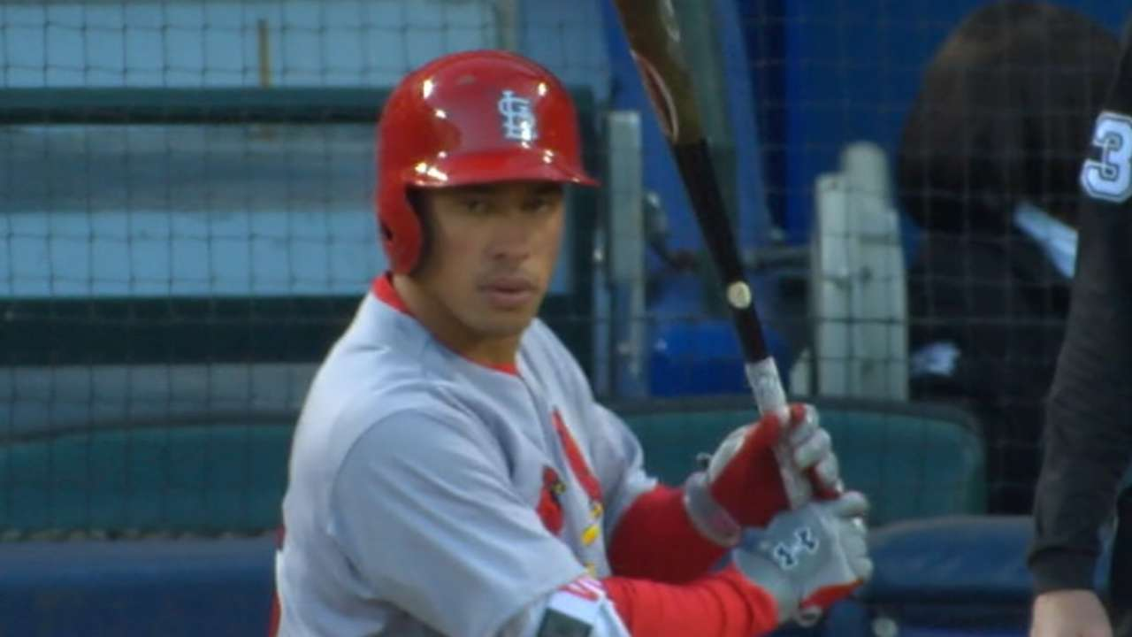 Wong back on track with 3-hit night