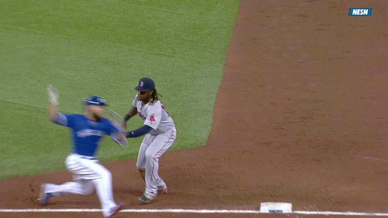 Hanley tags out Martin