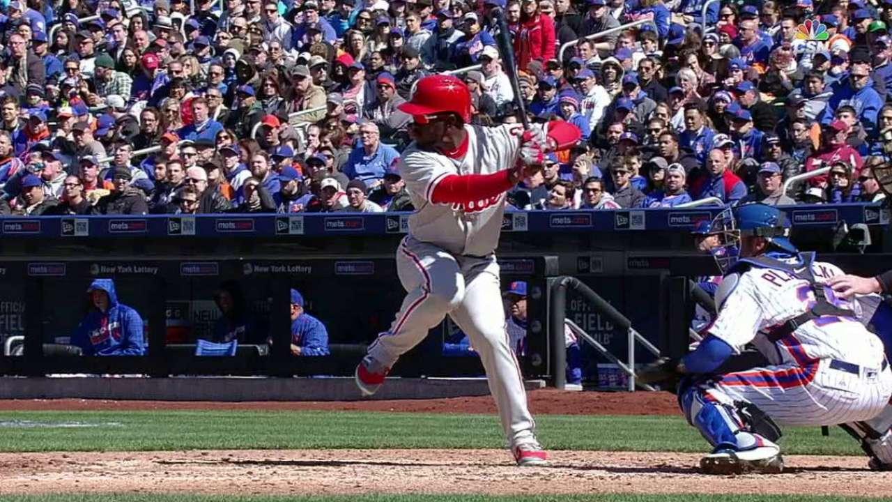 Herrera's two-run homer
