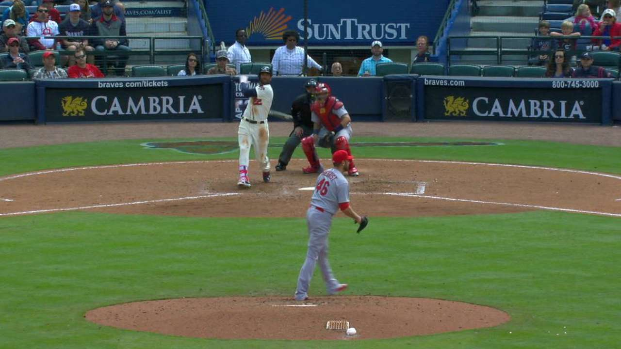 Markakis' go-ahead RBI double