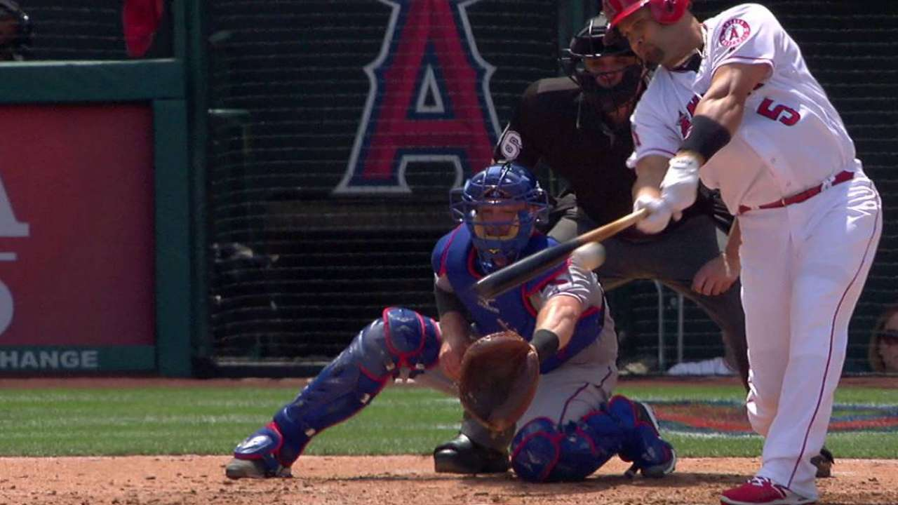 Weaver, situational hitting lead Angels to win