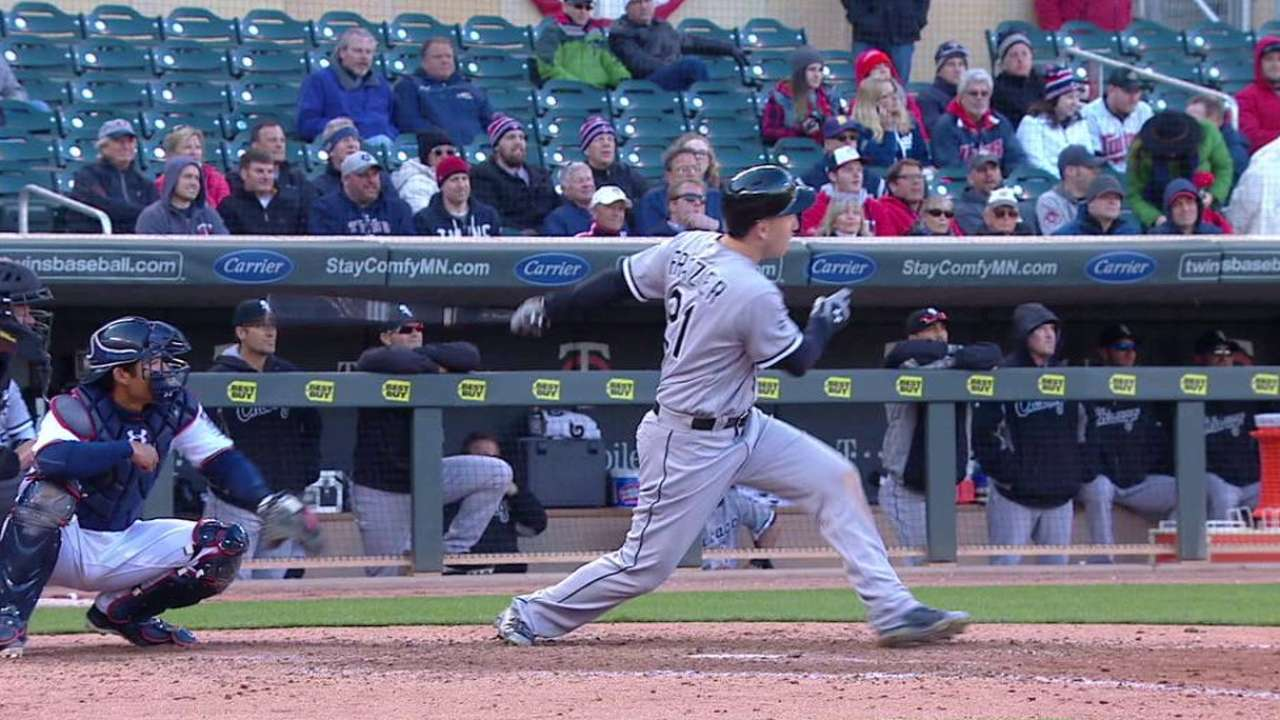 White Sox finding success on 2-strike counts