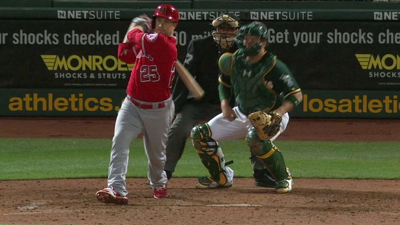 Angels place Nava on DL with left patella tendinitis