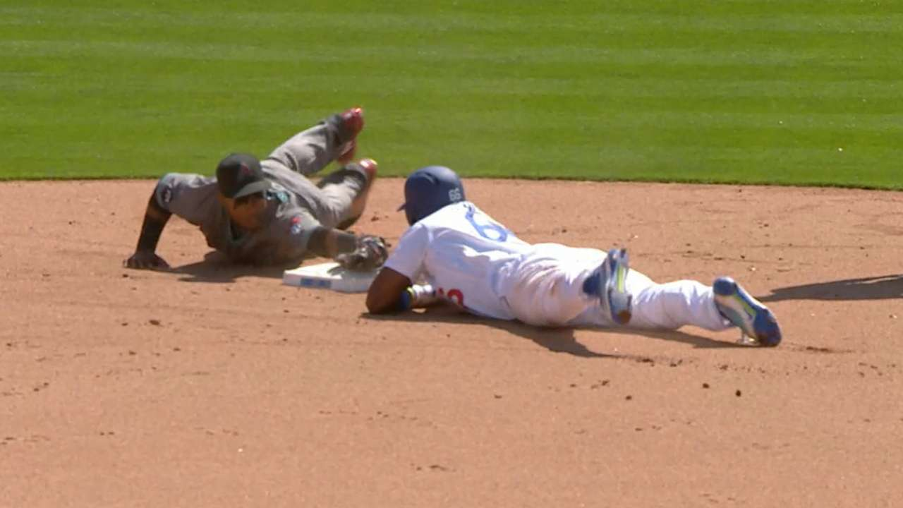 Must C: Puig's nifty slide