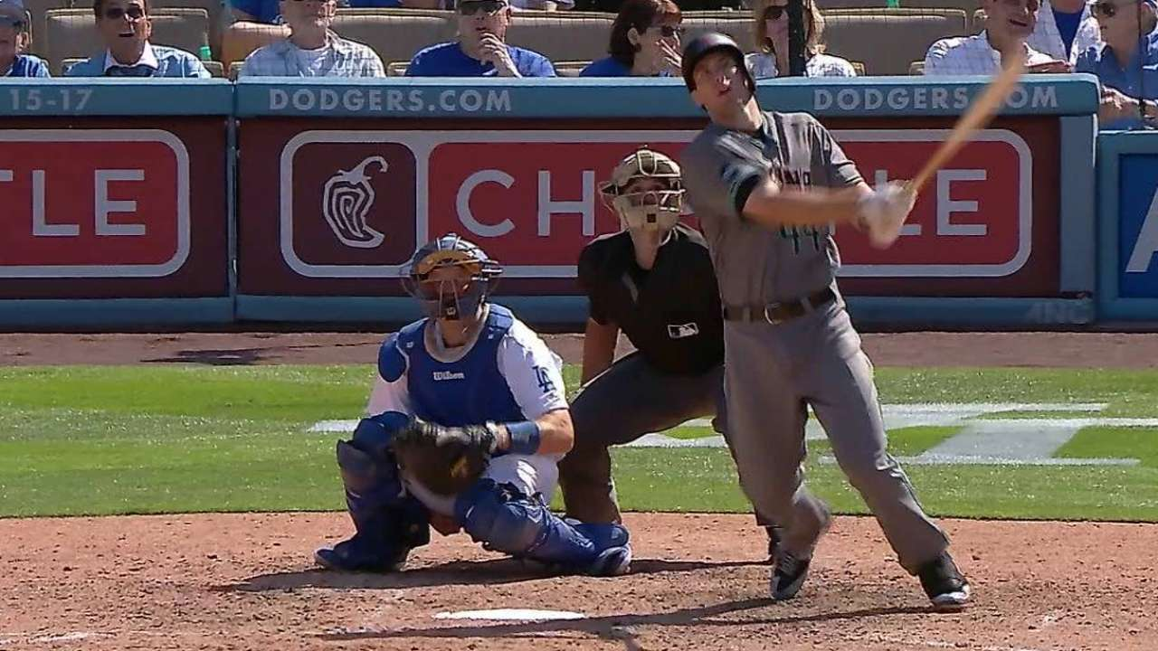 Even-keeled Dodgers nemesis Goldy strikes again