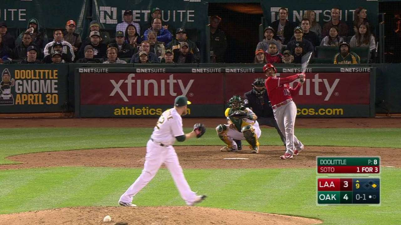 Soto's HR in 9th sends Angels to win over A's