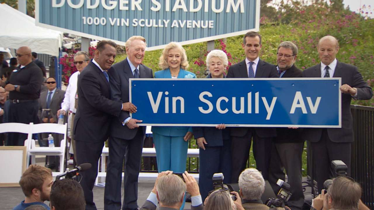 New address: Dodgers now on Vin Scully Avenue