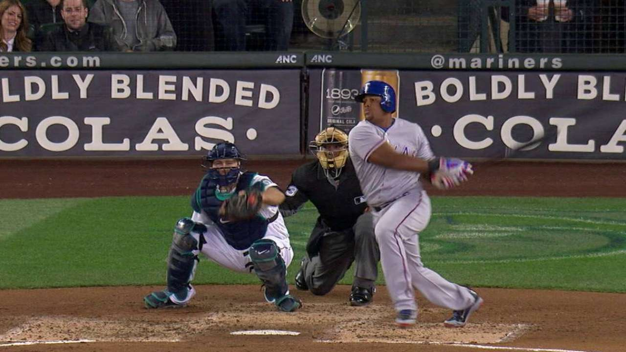 Beltre's RBI single to right