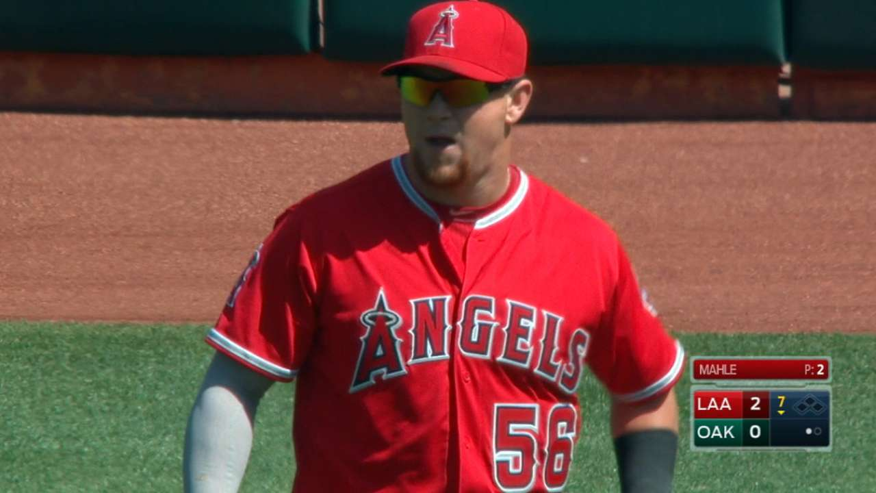 Calhoun paces Angels in win
