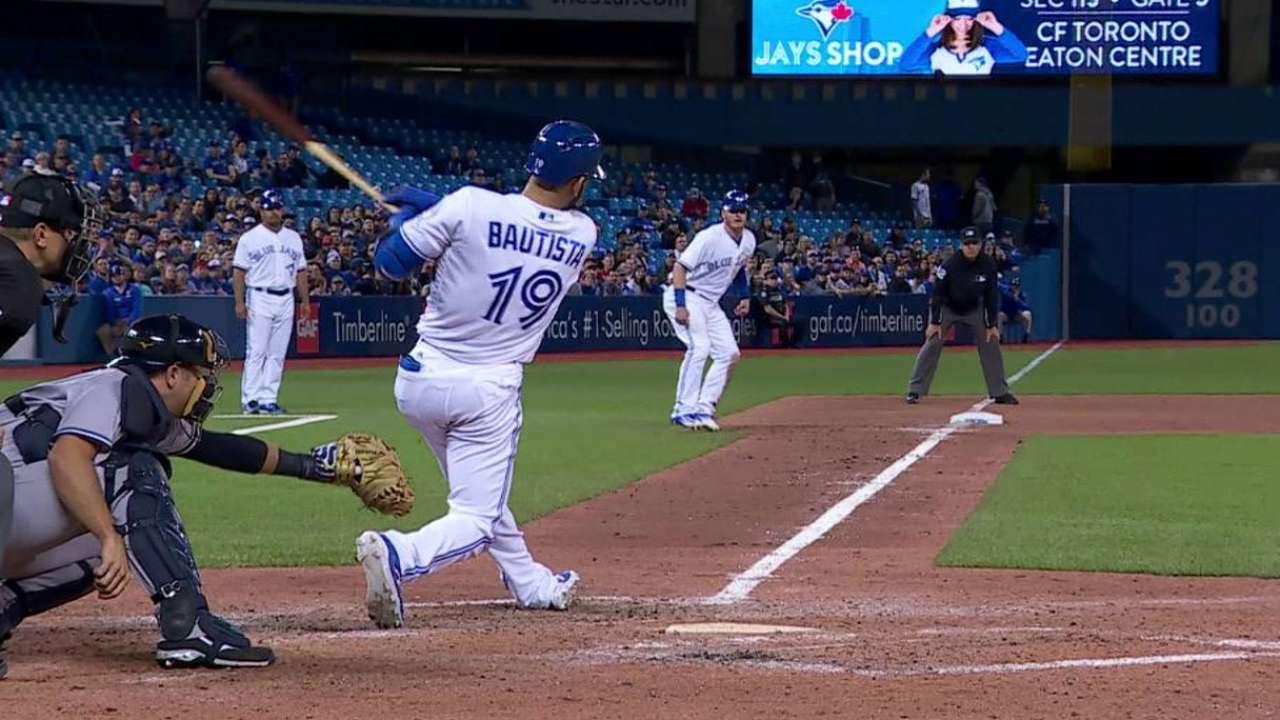 Bautista llega a 800 remolcadas en victoria de Toronto ante N.Y.