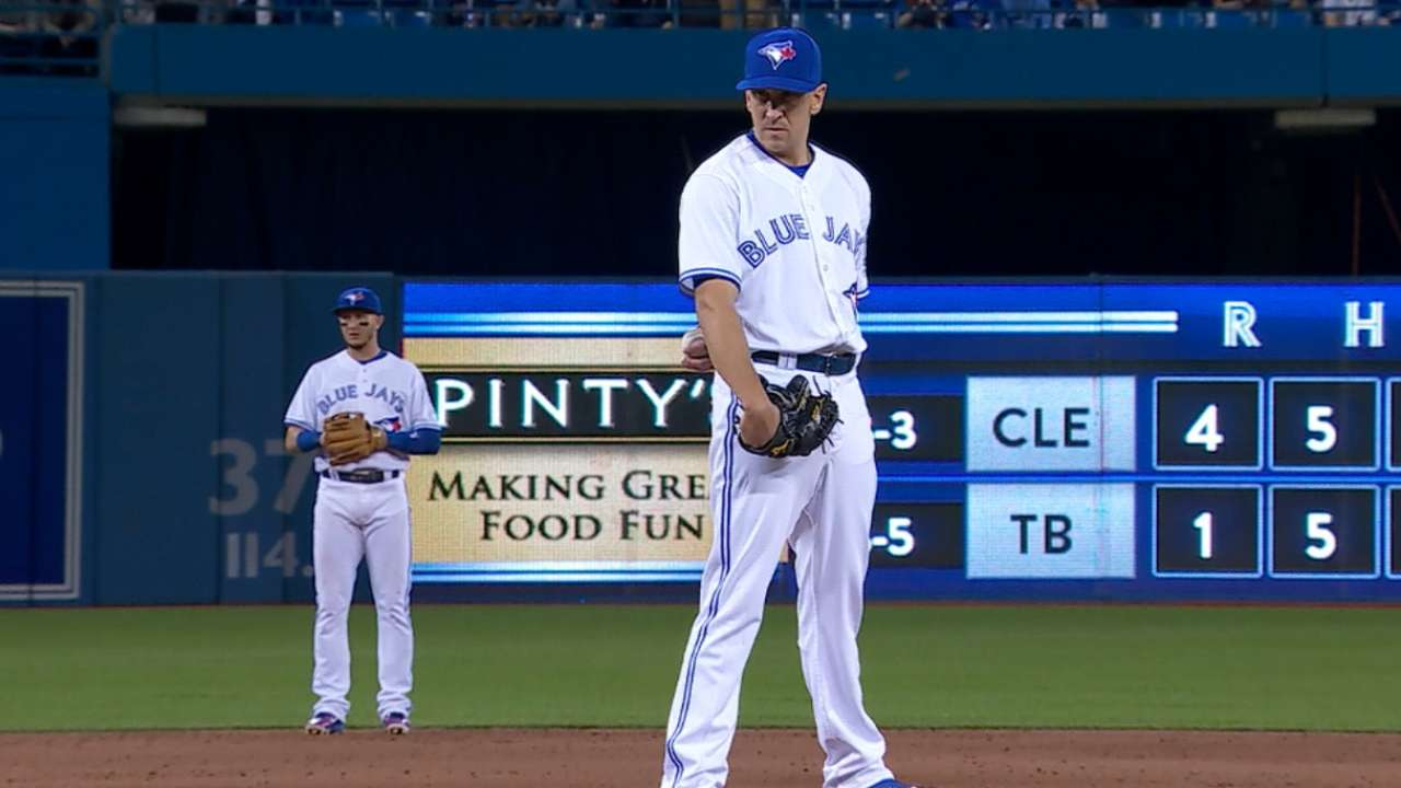 Blue Jays trade switch-pitcher Venditte to M's