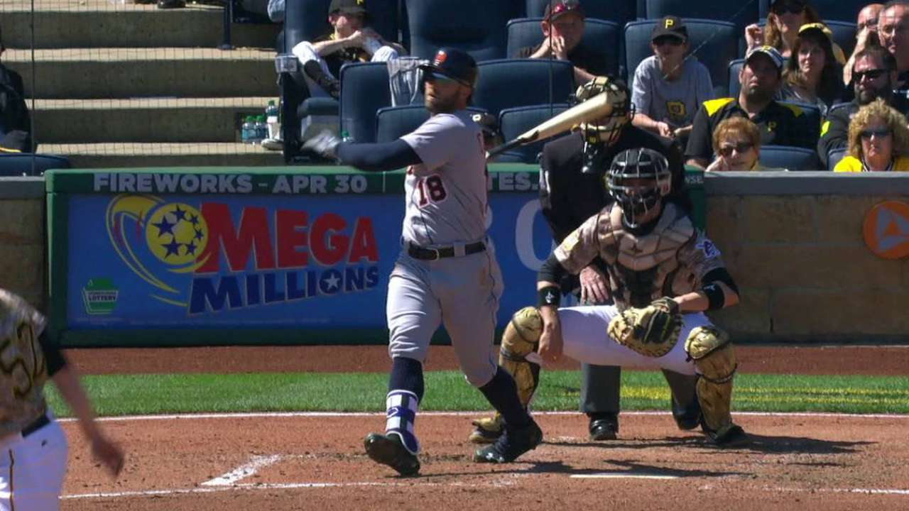Tigers call up Collins, send Farmer to Triple-A