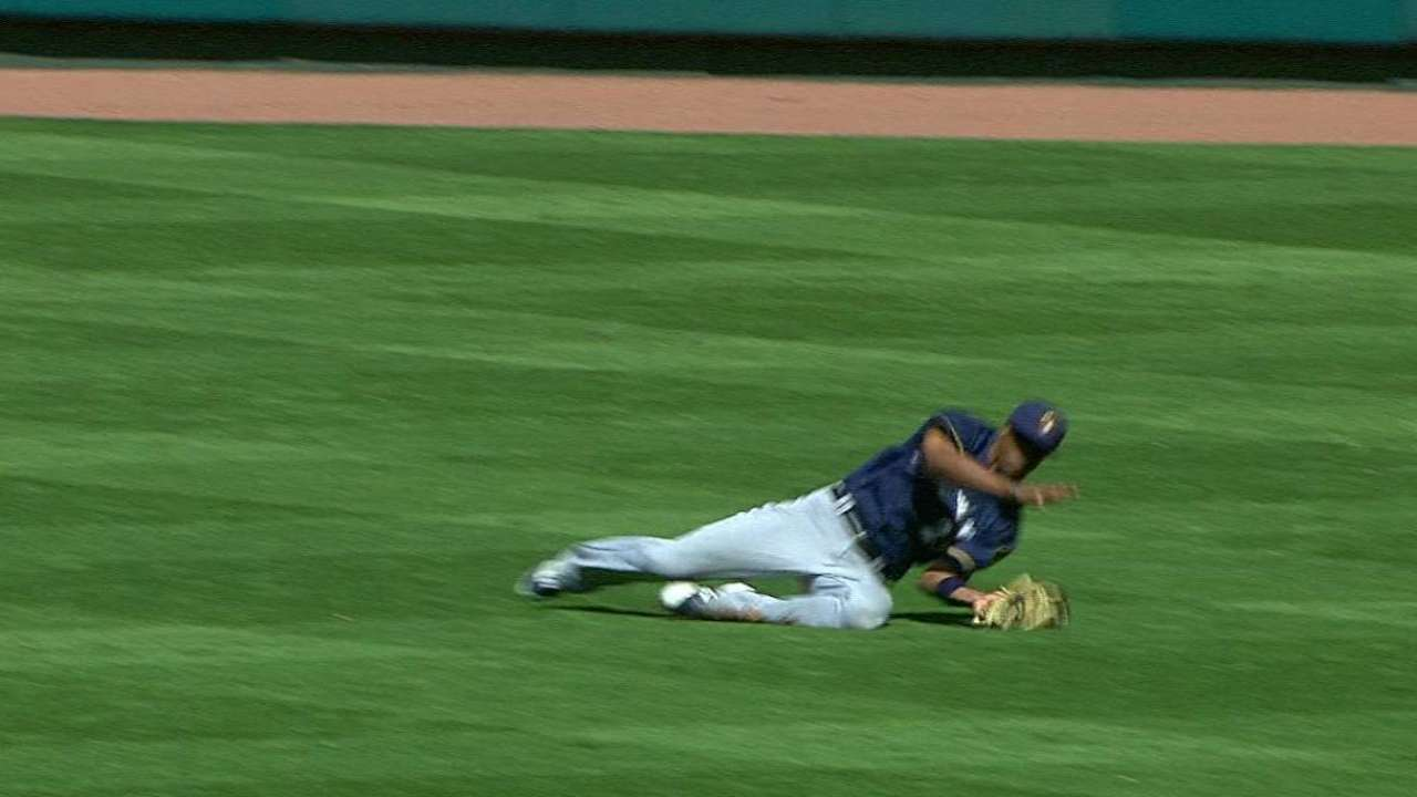 Broxton's sliding catch