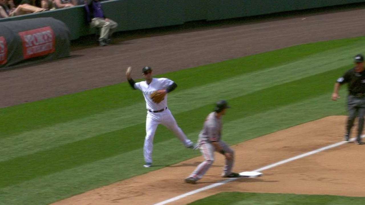 Arenado's backhanded stop