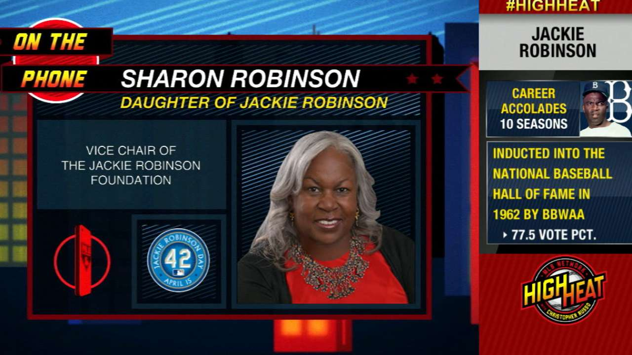 Tigers recognize Robinson's sacrifices