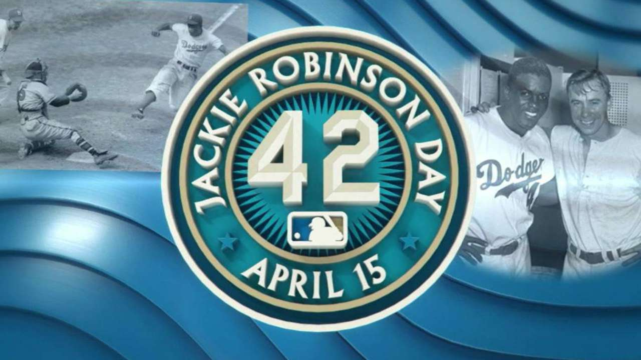 Marlins honor Jackie Robinson