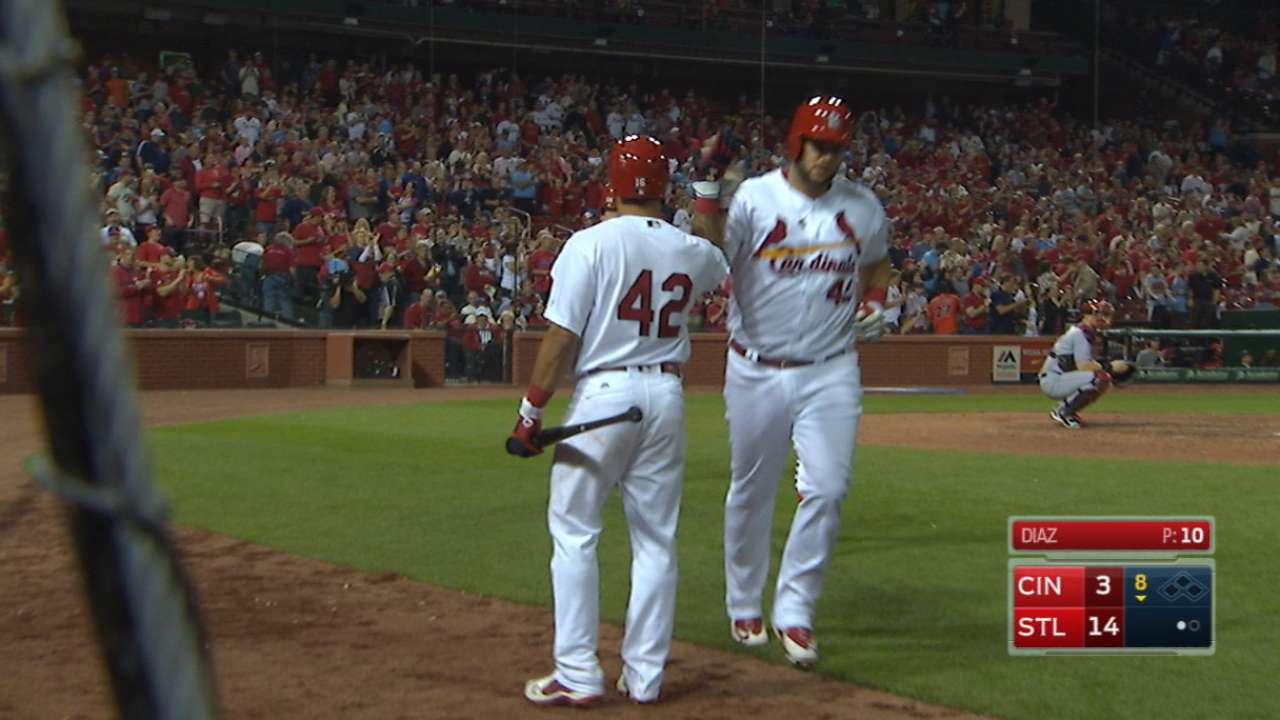 Deep 6: Cards tap into power in big way