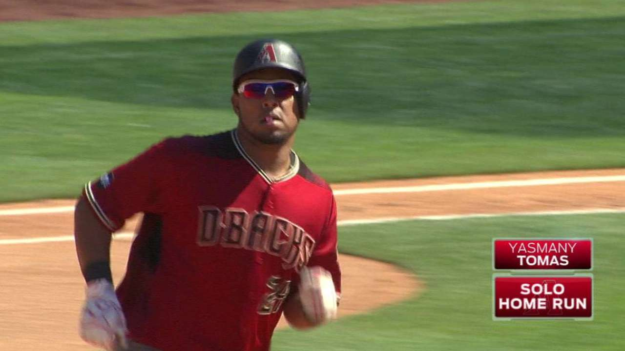 Tomas' 2 HRs send D-backs to win over Padres