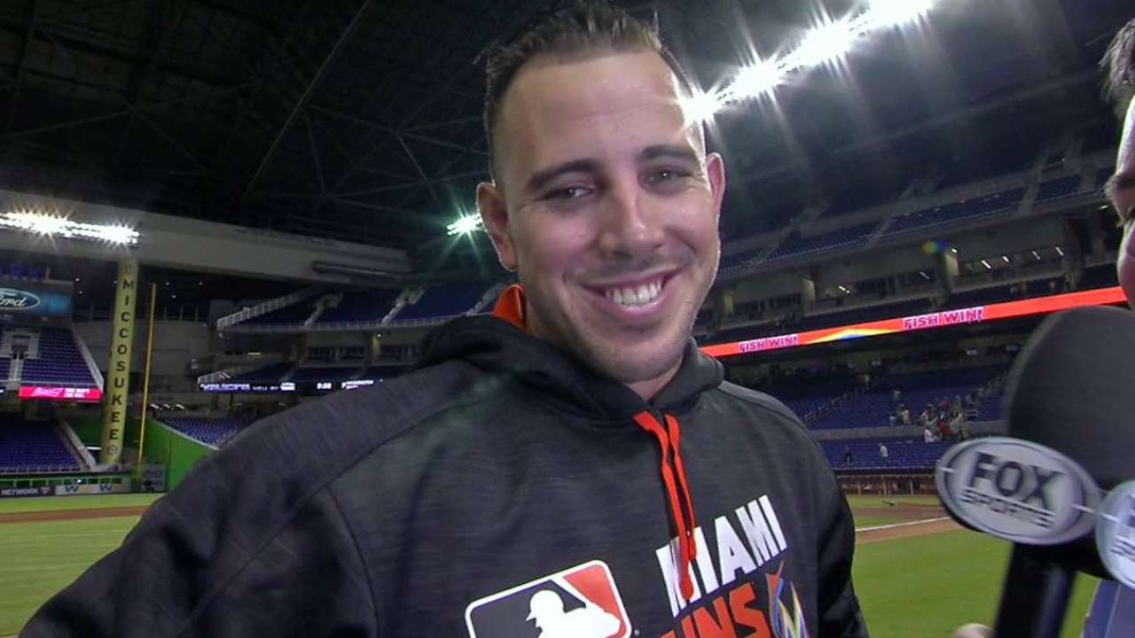 Taking a while to settle in doesn't cost Fernandez