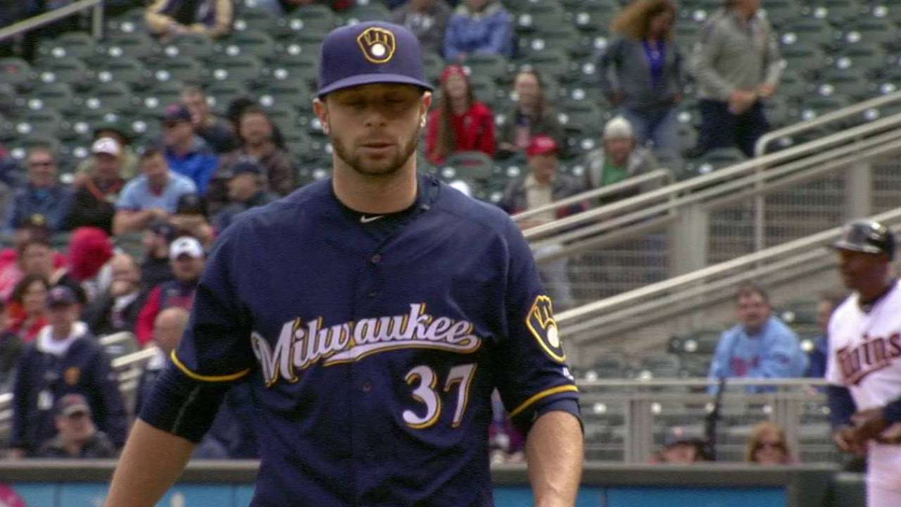 Brewers pick up Thornburg after rare hiccup