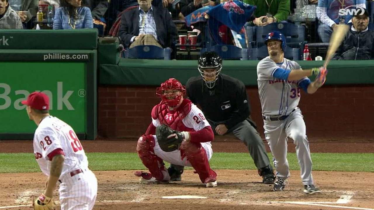 Verrett's first MLB hit