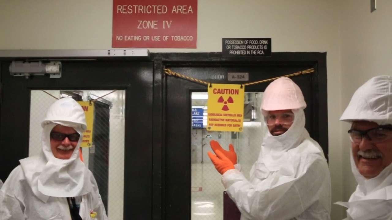 Collmenter visits APS Nuclear Plant