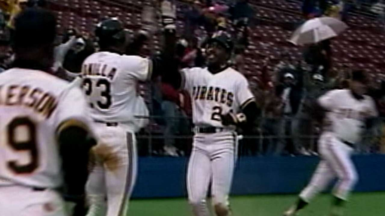 #TBT: Bucs pull off greatest extra-inning comeback