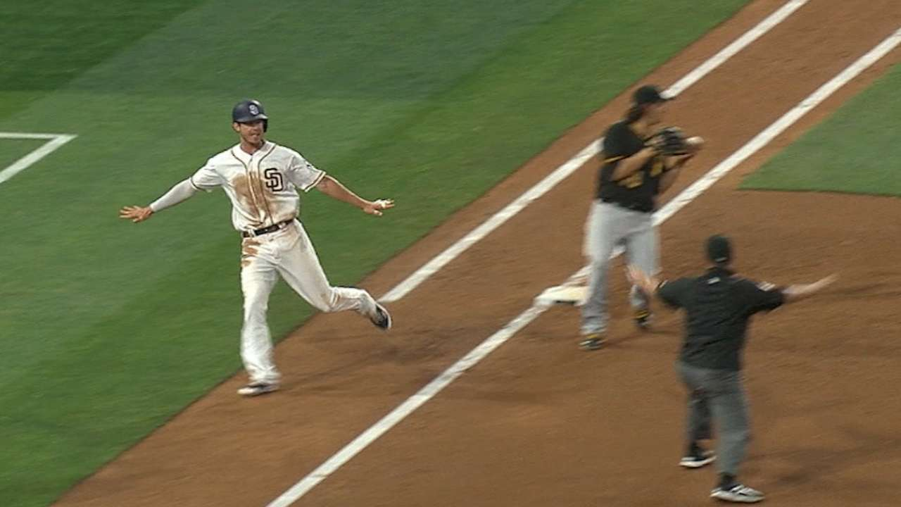 Padres' four-run 2nd inning