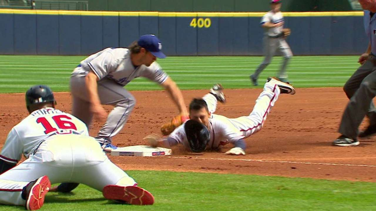 Dodgers throw Castro out