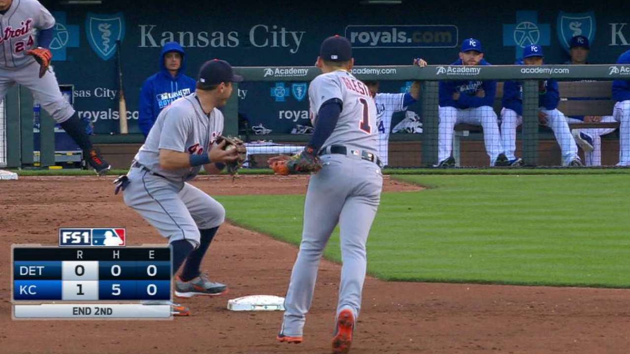 Tigers complete the double play