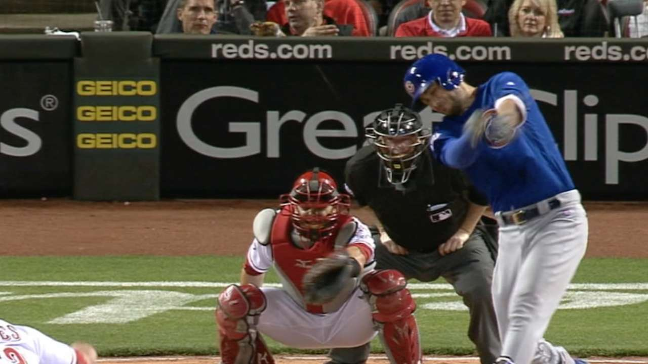 Bryant powers up with slam in 2-homer night