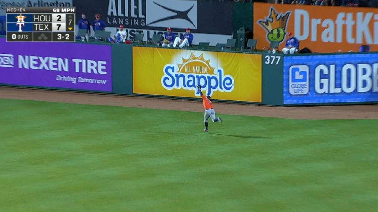 Springer's great running catch