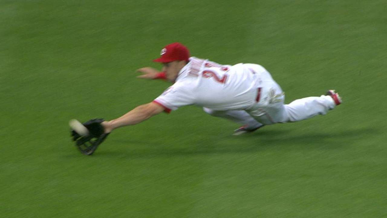 Duvall's diving catch in left