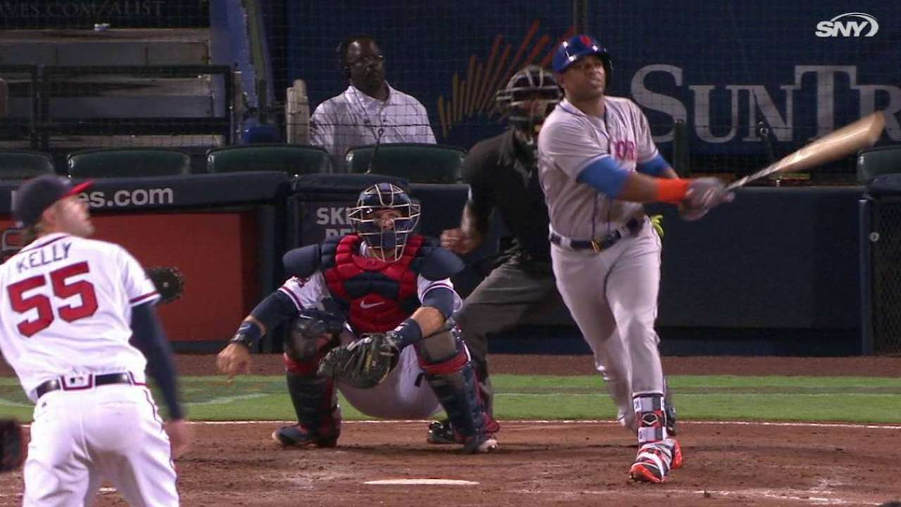 Cespedes still dealing with bruised right leg