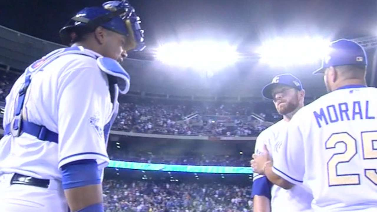 Davis, Salvy appear to have words after win