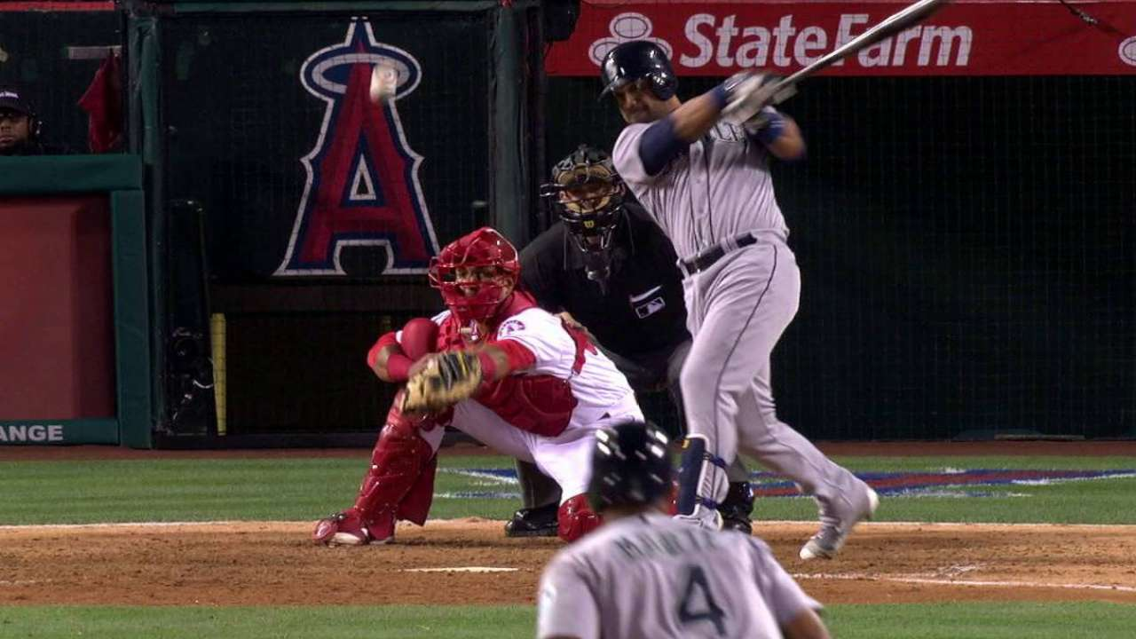 Guti gets it done as Mariners top Angels in 10