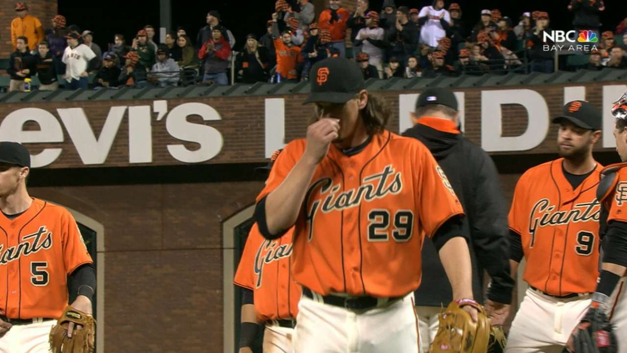 Giants bats come alive to back strong Shark