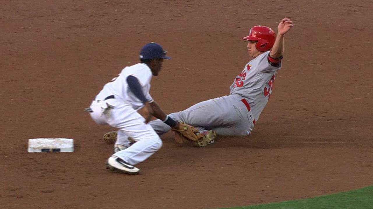 Norris catches Piscotty stealing