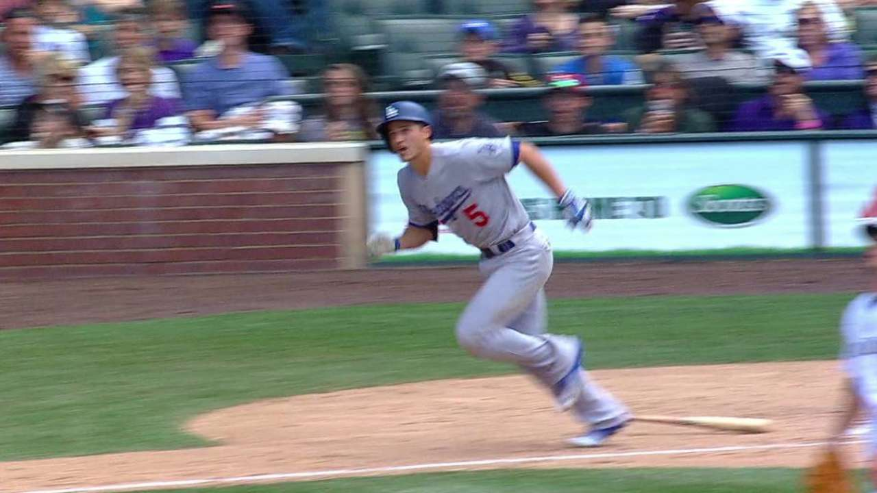 Seager's two-run triple