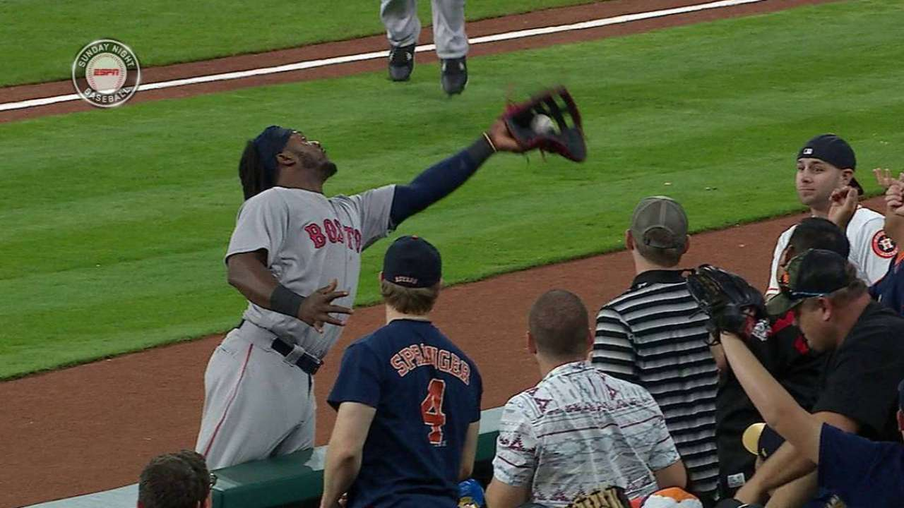No hiccups for Hanley in transition to first base