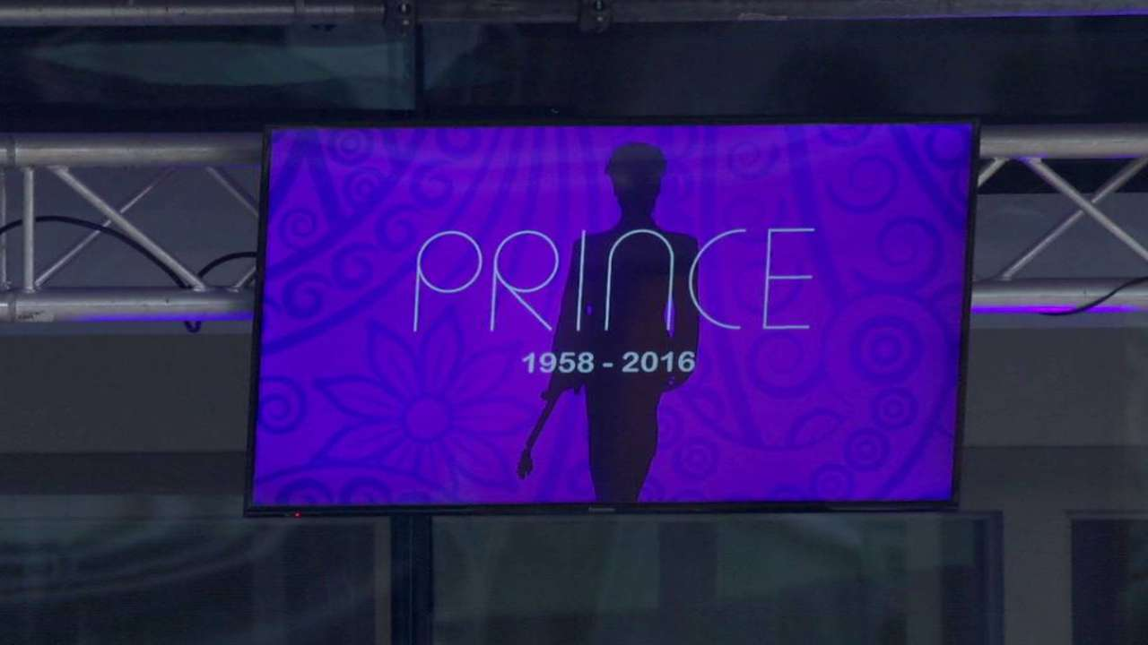Twins honor Prince at Target