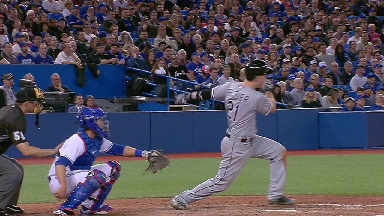 White Sox rally late to top Stroman, Blue Jays