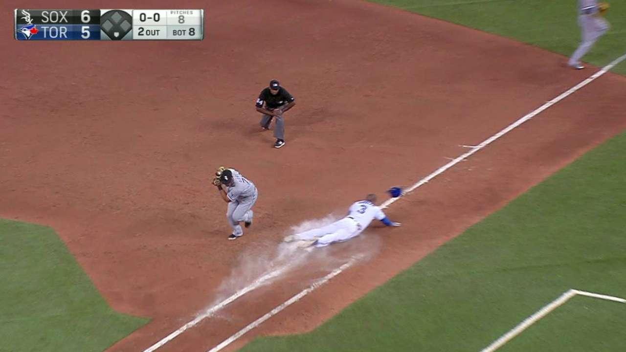 Albers' 30-outing shutout streak sets Sox mark
