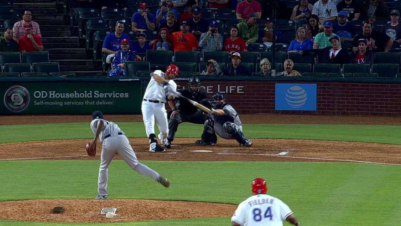 Griffin sale inspirado y Rangers apalean a Yankees