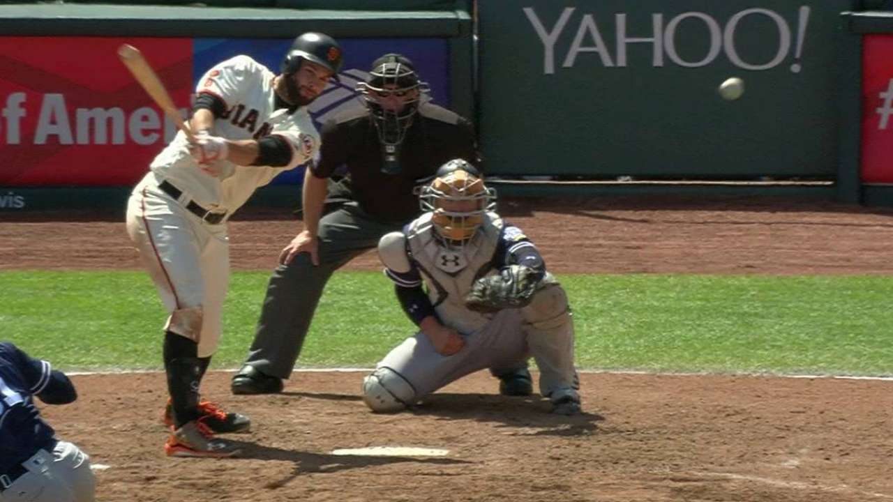 Giants outslug Padres en route to sweep