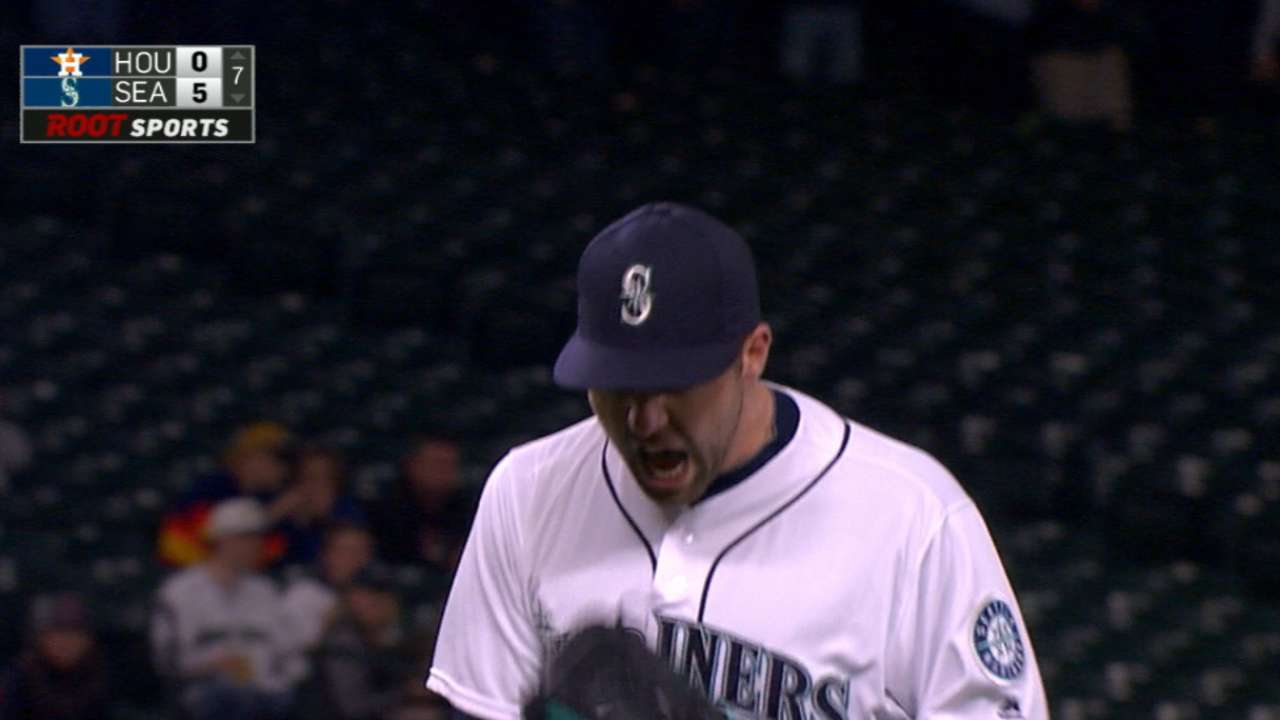 Karns puts it all together to dominate Astros